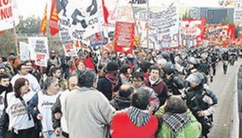 Paro del sindicalismo opositor se hizo sentir, pero no fue total
