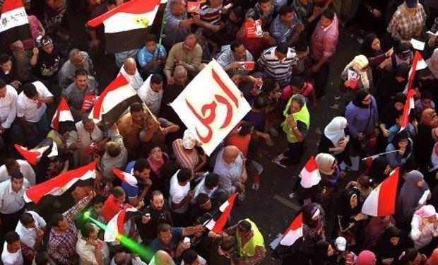 Recrudece la violencia en Egipto y los muertos suman más de 600