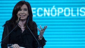 Cristina Kirchner se reuniría con empresarios y gremios el próximo miércoles