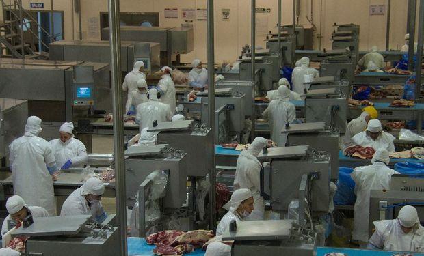 En los primeros nueve meses de este año las exportaciones de carne bovina a China sumaron 59,890 toneladas.