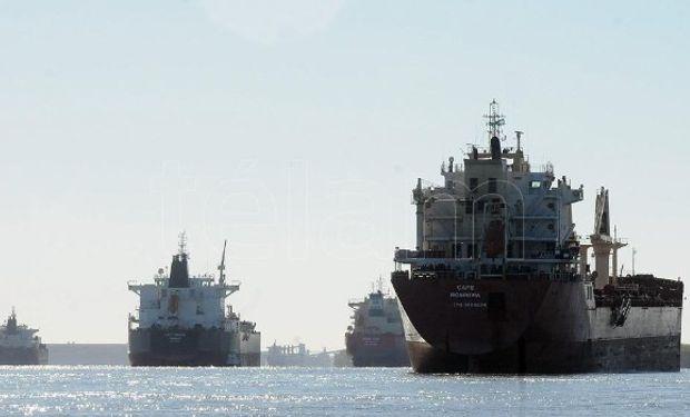 Los buques salen hasta con un 10% menos de carga.
