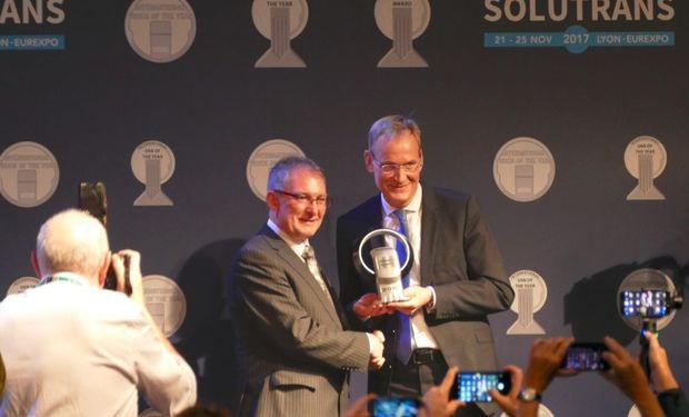 El premio fue otorgado a AMAROK como la camioneta del año.