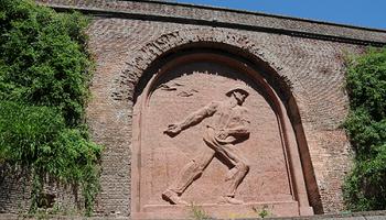 El Sembrador: una escultura histórica que homenajea el trabajo del campo