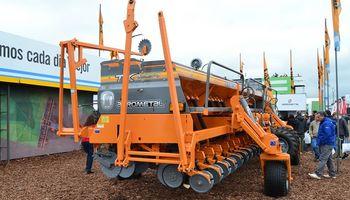 Agrometal renueva Tx Mega, la sembradora de granos gruesos