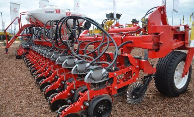 El objetivo de esta iniciativa es llegar a producir 1.000 sembradoras, cifra que representa un 50% de lo que consume habitualmente el mercado argentino.