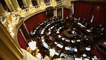Presupuesto 2014 ya es ley y habrá Emergencia hasta 2015