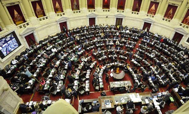 """Diputados impulsan el """"Impuesto Patria"""" que propone cobrar un tributo a los bienes mayores a 10 millones de pesos"""
