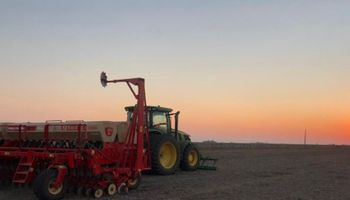 En 6 puntos, productores de Marcos Juarez grafican la complejidad de la agricultura y la comparan con la industria