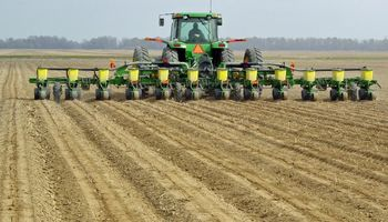 Más de la mitad del maíz ya fue sembrado en Estados Unidos