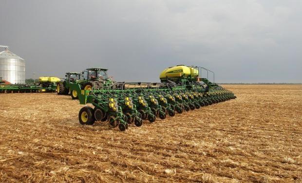 Se ha implantado un 56% del área de soja y un 86% de maíz.