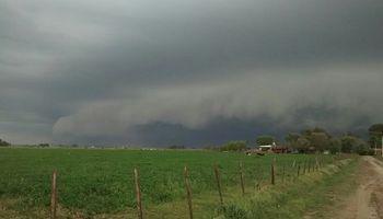 El Servicio Meteorológico Nacional renovó el alerta por tormentas fuertes