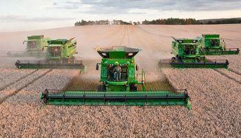 El difícil presente de los contratistas agrícolas que condiciona su futuro