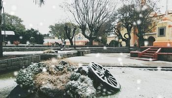 Postales cordobesas: las nevadas en el norte vistieron de blanco la zona árida