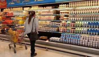 """El Gobierno recortó la lista de """"Precios Máximos"""": qué productos quedan excluidos"""
