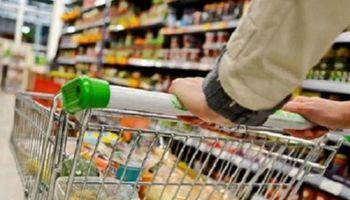 El Gobierno se reúne con el sector alimenticio para buscar un acuerdo de precios