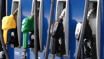 Poco después de cerrados los comicios, aumentaron las naftas entre un 10 y 12%