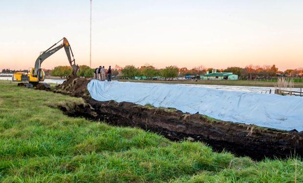 La construcción de un terraplén permitirá a proteger a unos 5.000 vecinos de los barrios Paso Piedras, Villa del Parque, El Ombú, La Rufinita y Costa Verde.