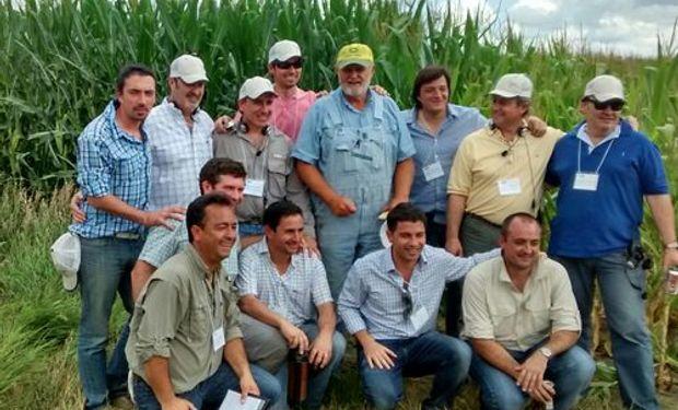 El equipo de Trust Helena Argentina -THA- y sus clientes más importantes en el Corn Belt Helena.