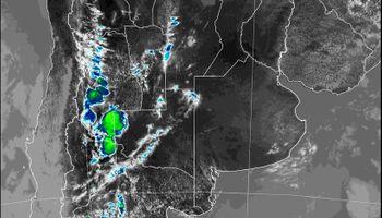 El Servicio Meteorológico emitió un alerta por tormentas y granizo en 4 provincias