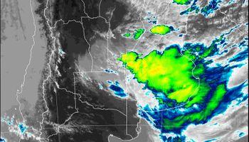 Se renovó el alerta: por dónde anda la tormenta y qué dicen los primeros acumulados