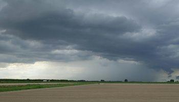 Se mantiene la amenaza por tormentas fuertes en la región centro