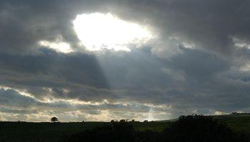 Alivio: lluvia del viernes llegará sólo con moderadas precipitaciones