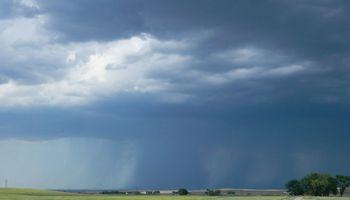 Alerta meteorológico por lluvias y tormentas fuertes afecta a 7 provincias