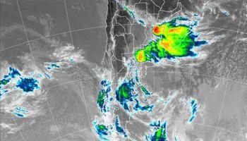 Amplio alerta por fuertes tormentas