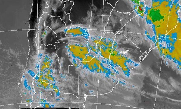 """""""Se prevé que vuelvan a originarse áreas de lluvias y tormentas"""", dijeron desde el SMN."""