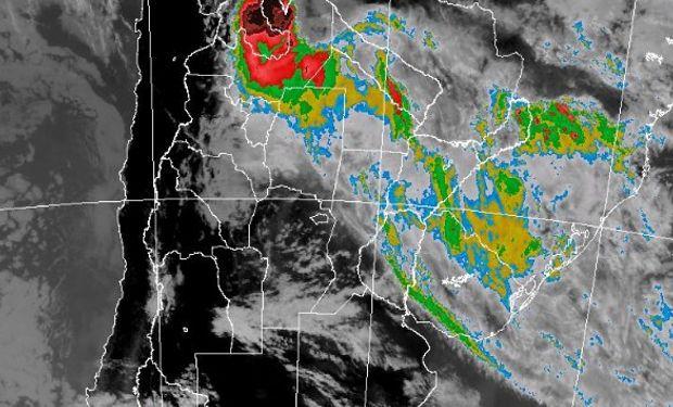 Alerta por lluvias y tormentas fuertes sobre regiones del norte.