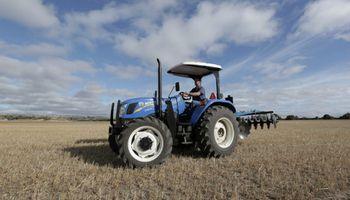 New Holland lleva a Expoagro nuevos tractores de producción nacional