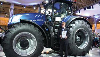 """Un tractor de New Holland fue galardonado como """"Máquina del Año 2016"""""""