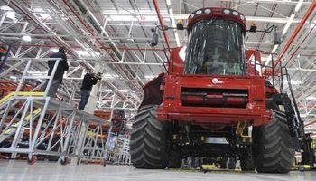 Durante 2014, la venta de tractores podría caer 30 por ciento