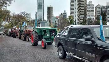 Fuerte tractorazo en plena región agrícola por la situación del campo