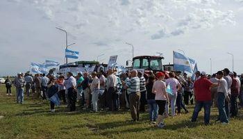 Productores de todo el país se movilizan contra las medidas del Gobierno y en defensa de la propiedad privada