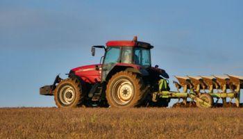 Ensayan en tractores un nuevo tipo de biodiésel elaborado con aceite de cocina usado