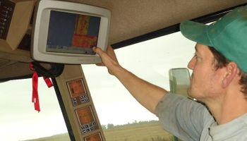Rige un ajuste salarial para tractoristas y cosecheros