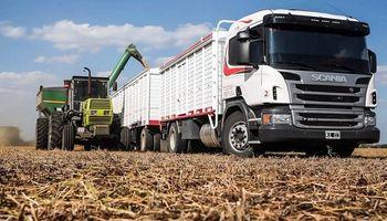 Por la sequía, calculan 600.000 viajes menos de transportes de carga