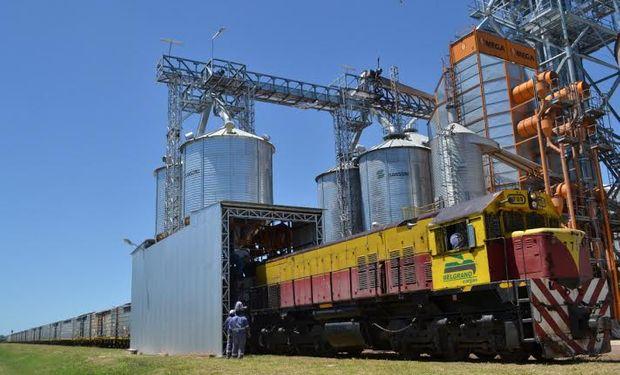 El pasado 30 de enero con una carga de soja fue enviado el primer ferrocarril hasta la planta de ACA en el complejo San Lorenzo- Rosario.