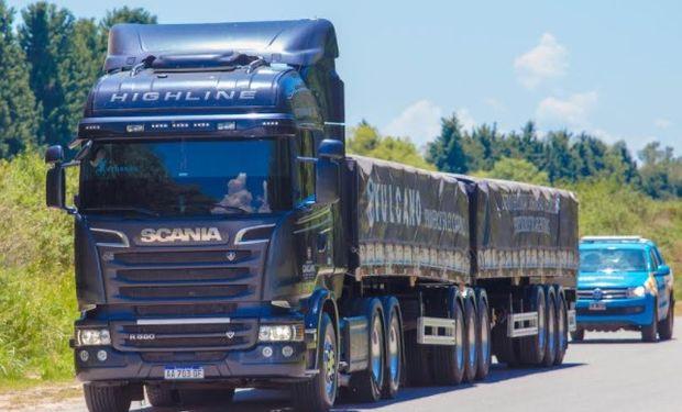 Desde el Ministerio de Transporte aseguran que se podrá sumar desde un 30% a un 60% más de carga por camión.