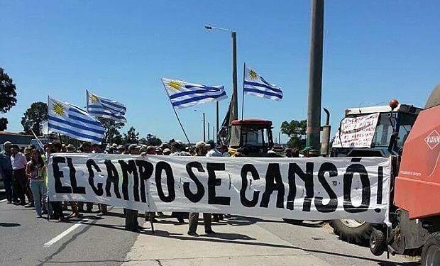 Uruguay: el Frente Amplio mira con preocupación la movilización.