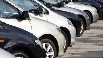 Crece la venta de autos usados y una pick up está entre los tres vehículos más comercializados