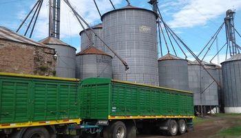 Camiones vs trenes: el planteo de productores, transportistas y el Gobierno