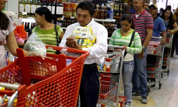 Las importaciones son controladas por funcionarios bolivarianos.