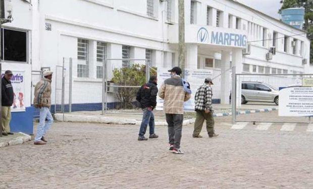 Venta de tres plantas de Marfrig se define este mes