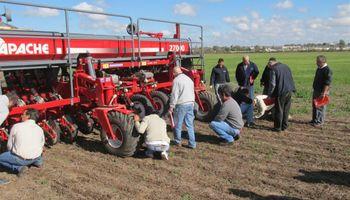 El año pasado se vendieron 2.230 menos sembradoras que en 2002