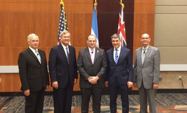 El secretario Negri llevó a cabo una gira por los Estados Unidos, entre el 23 y el 28 de septiembre.