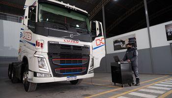 Volvo Trucks Argentina sigue ampliando sus puntos de atención con un nuevo taller In Situ