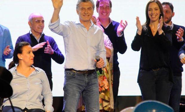 """Macri agradeció """"el espaldarazo"""" a Cambiemos en casi todo el país."""