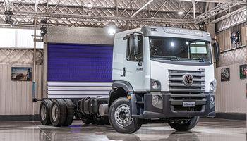 Volkswagen lanza su nuevo camión 6x2 que permite ampliar la capacidad de carga